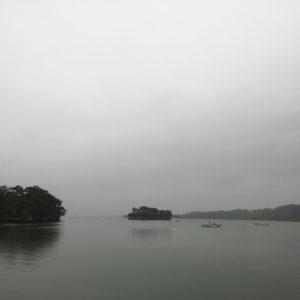 福浦島から見た島。幽玄。