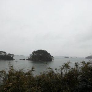 福浦島から見た島