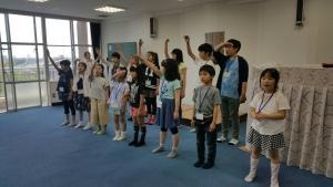 子供たち、合唱振付リハーサル