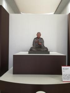 『東大寺と東北展』エントランスに設置【国宝 重源上人坐像】