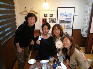 左から山中ガショウさん、中川さん、氏家さん、中村明日香