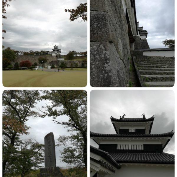 小峰城を見上げて