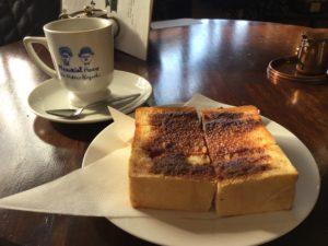 今日のスタートも會津壱番館のシナモントーストとコーヒー!