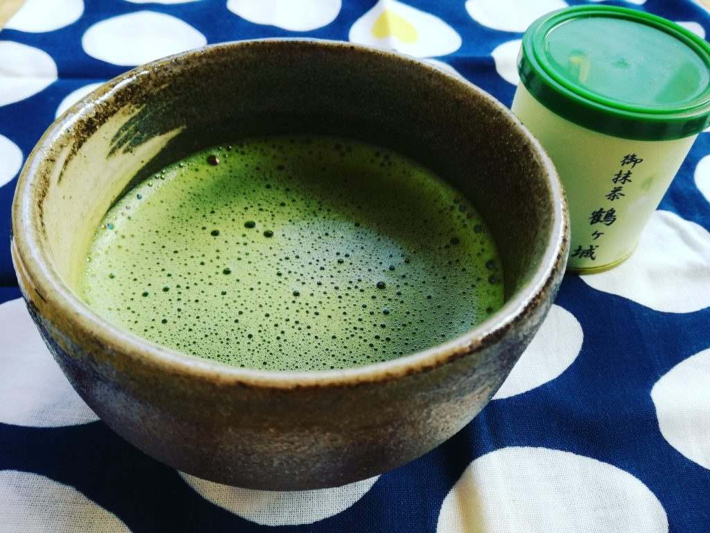鶴ヶ城の茶屋で購入したお抹茶